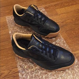 FILA BARNEYS NY LOW TOP SNEAKERS LIMITED EDITION